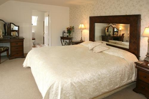 Rayanne House B&B Holywood Bedroom