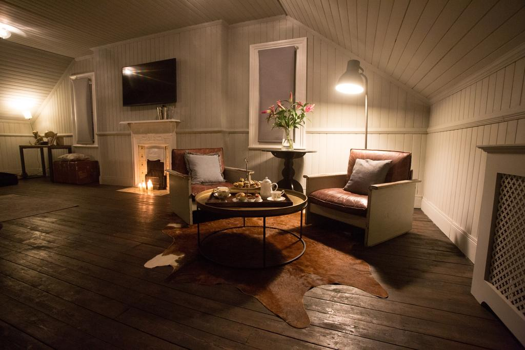 Maryville house belfast lounge